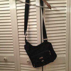 Baggallini Men black cross body bag, Previously ow